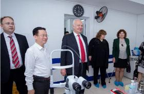 Đại sứ đặc mệnh toàn quyền LB Nga Vnukov K.V. thăm và làm việc tại Bệnh viện Mắt Quốc tế Việt - Nga