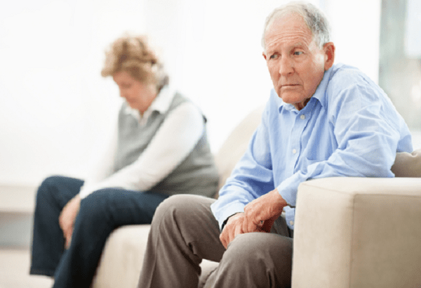 Quang đông xuyên thể mi điều trị glaucoma phức tạp