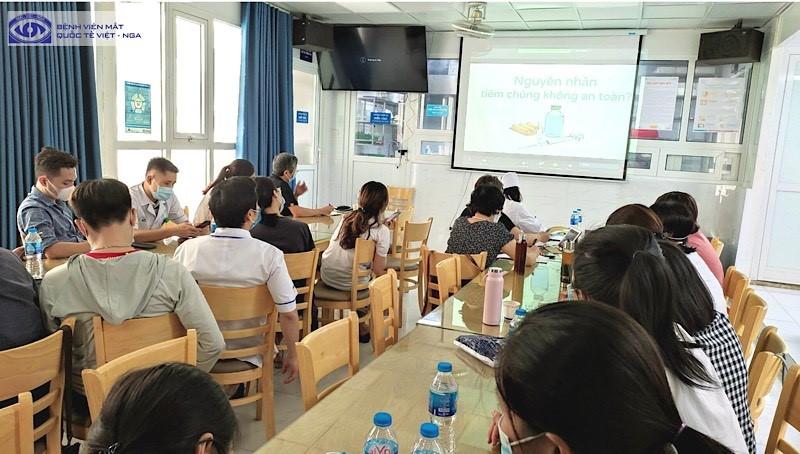 Tập huấn công tác an toàn tiên chủng Vaccine phòng Covid-19